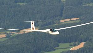 Günter Lorenz schickte uns diese schöne Luftaufnahme von seiner ASH 31 Mi.