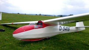 """Marc Scholz in seiner ASW 15 B: """"Danke für so ein super Flugzeug""""."""