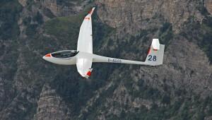 """Die """"Ur 28"""" in den französischen Seealpen im August 2013. Besitzer und Pilot ist Frank Rodewald, fotografiert hat Matthias Reich und Thomas Schwanitz hat uns das Bild geschickt."""