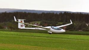 Auch der Sieger der 18m-Klasse, Matthias Sturm, wurde von Lothar Schwark 2014 in Musbach festgehalten.