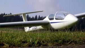 Britta Pulz fotografierte die ASK 21 des Aero Club Lübeck während des Fliegerlagers auf dem Klippeneck