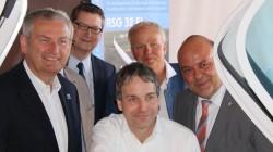 Von links: Landrat Bernd Woide (CDU), MdL Thorsten Schäfer-Gümbel (SPD), Michael Greiner, Harald Jörges und MdL Markus Meysner (CDU)
