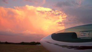 """Andreas Alzer (ASG 29 Es) schreibt vom Flugplatz Wittstock / Berlinchen: """"Es war in diesem Sommer dort eine ganz tolle Zeit und ich konnte mit meinem Flieger schönste Flüge machen."""""""
