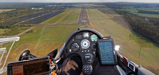 Landing on runway 17 in Rothenburg/Oberlausitz with the 31